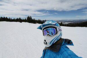 Sharai Viapiana, snowboarding on mountain